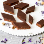 פרלינים של שוקולד מריר ונוגט – עם מרכיב סודי