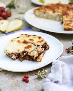 אין ארוחה יוונית מושלמת בלי תבנית ענקית של מוסקה