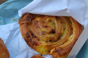 שבלול מלא כל טוב במאפיית Du pain et des idees