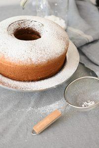עוגה שמגיעה לגובה משוגע ולא צונחת ביציאה מהתנור. צילום: אהובה שורצברד